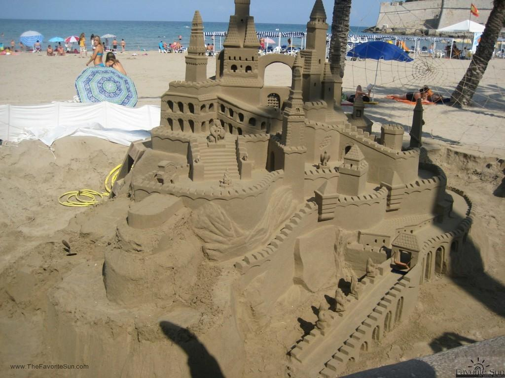 The Archway Sandcastle - Add and archway to your sandcastle