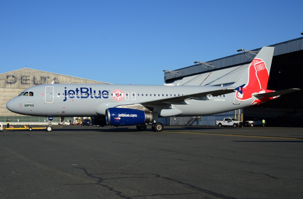 jetblue fort myers redsox plane